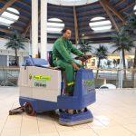 Servizi di pulizie con macchinari